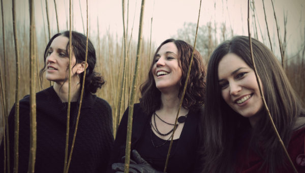 The Henry Girls – Louder than Words (2014)