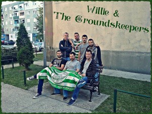 Willie & the Groundskeepers – Come Out Ye Black  And Tans