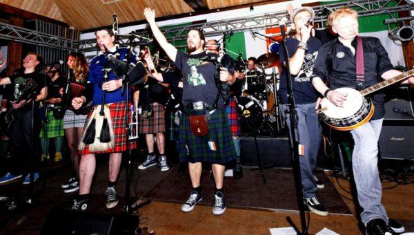 6. Arnsberger  Irish  Celtic-Rock-Night mit The Clan und Muirsheen Durkin